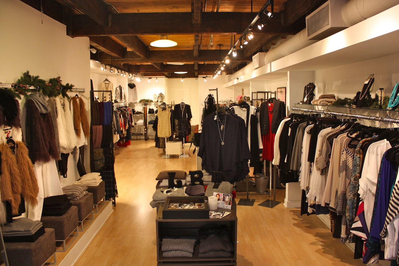 Little Black dress - horizontal store web