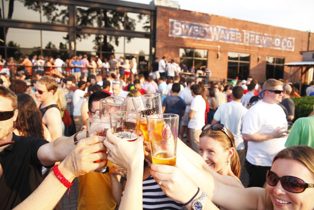 Sweetwater Cheers on Patio - web