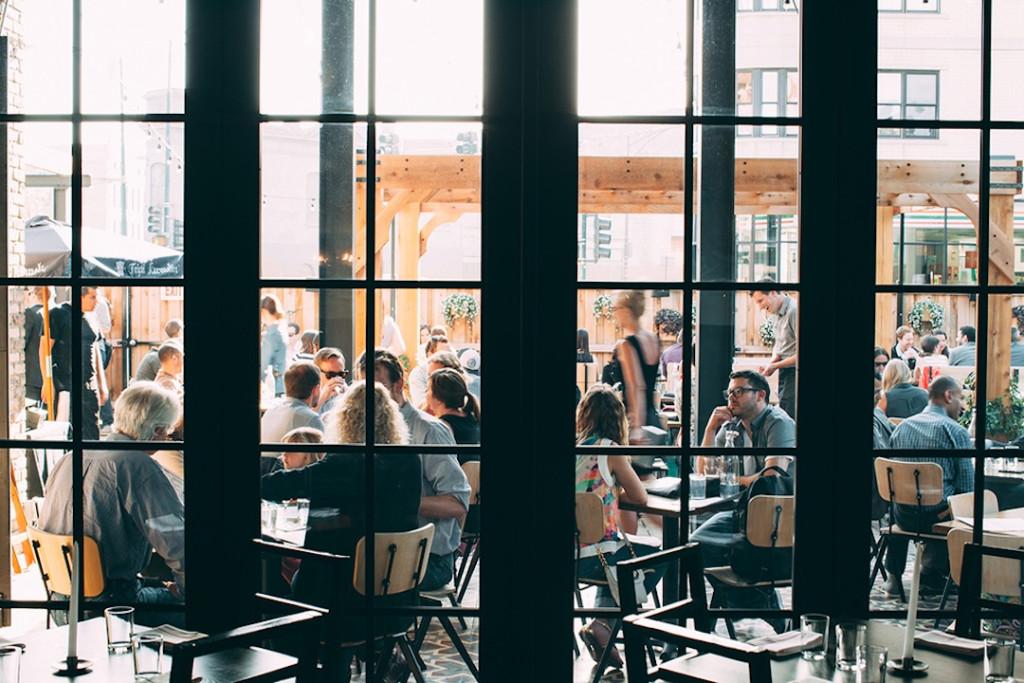 Dawson - outdoor dining room