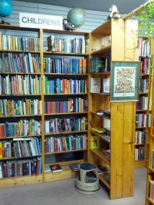 Booklegger's - Courtesy of Bookstores of Chicago:Tumblr