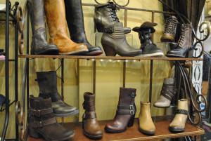 Click boots - web