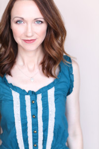 Robyn Lynne Norris Headshot
