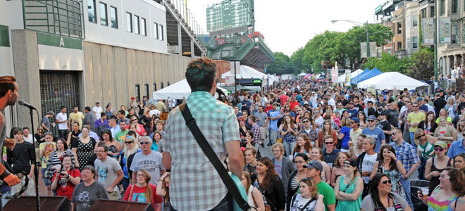 xx band and crowd
