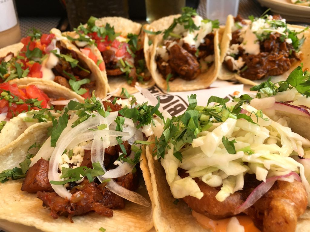 The Real Chicago Chicago S Signature Dishes The Taco